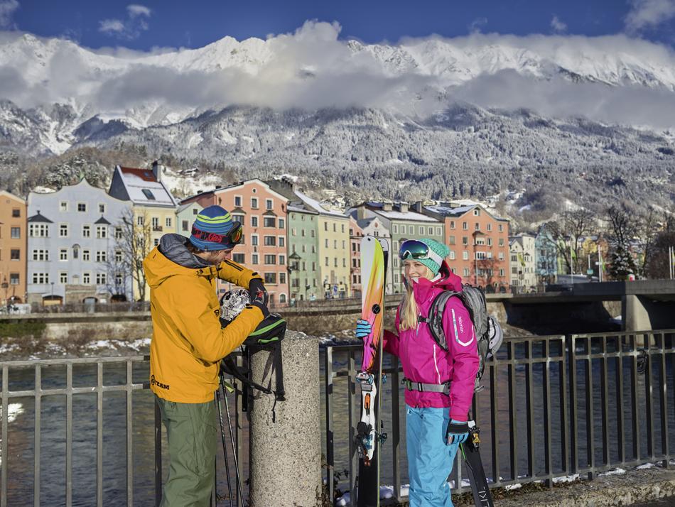 Dwars door de stad stroomt de rivier de Inn. Foto: TVB Innsbruck/Christian Vorhofer.