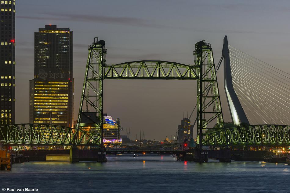 De Hef in Rotterdam is tegenwoordig ook in de avonduren het bezoeken meer dan waard, 6 april 2017. Foto: Paul van Baarle.
