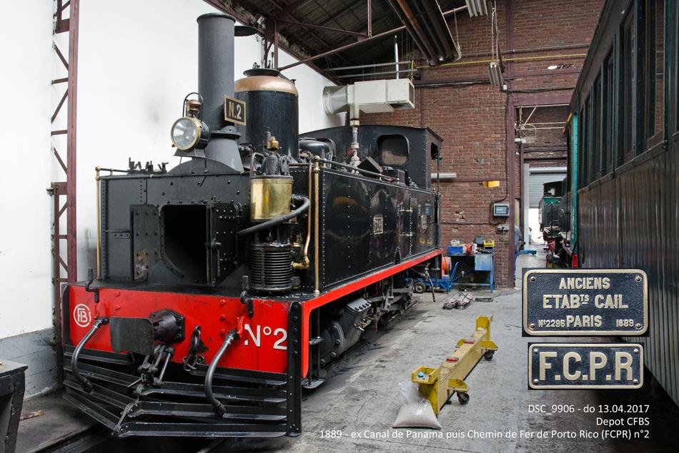 Een kijkje in de locomotiefloods in Saint-Valery-sur-Somme, waar de in 1889 in Frankrijk gebouwde locomotief nr. 2 te zien is. Deze machine heeft van 1891 tot 1929 dienstgedaan bij de spoorwegen in Porto Rico en is pas in 2001 weer teruggekeerd in Frankrijk. Deze locomotief is dienstvaardig.