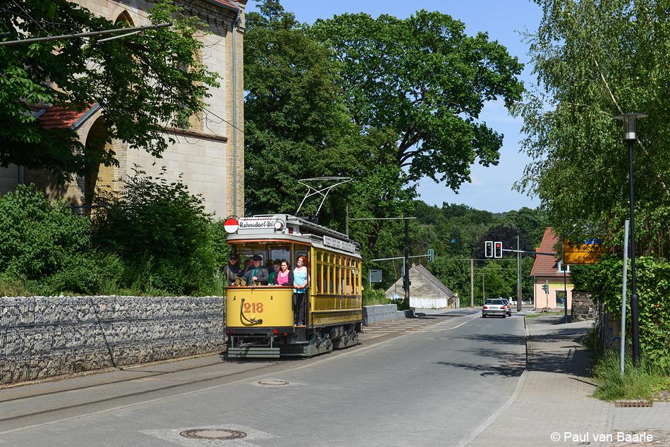 Ook een grote vierassige tram van Berlijn met zogenaamde Maximum Traction-trucks is als museumwagen (langdurig) te gast in Woltersdorf. Het motorrijtuig 218 met open balkons werd gebouwd in 1913 door Linke Hoffman in het toenmalige Breslau (nu: Wrocław).